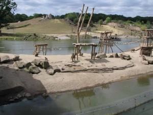 Die Affeninsel, um die die Gäste mit dem Boot herumfahren können
