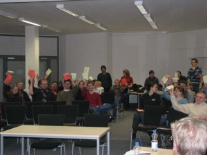 Nach der Debatte hatte der Debattierklub doch einige Studenten von Studiengebühren überzeugt