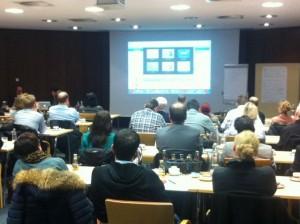 Dr. Compes und Eva Ihnenfeldt führten die 60 Führungskräfte durch den Workshop