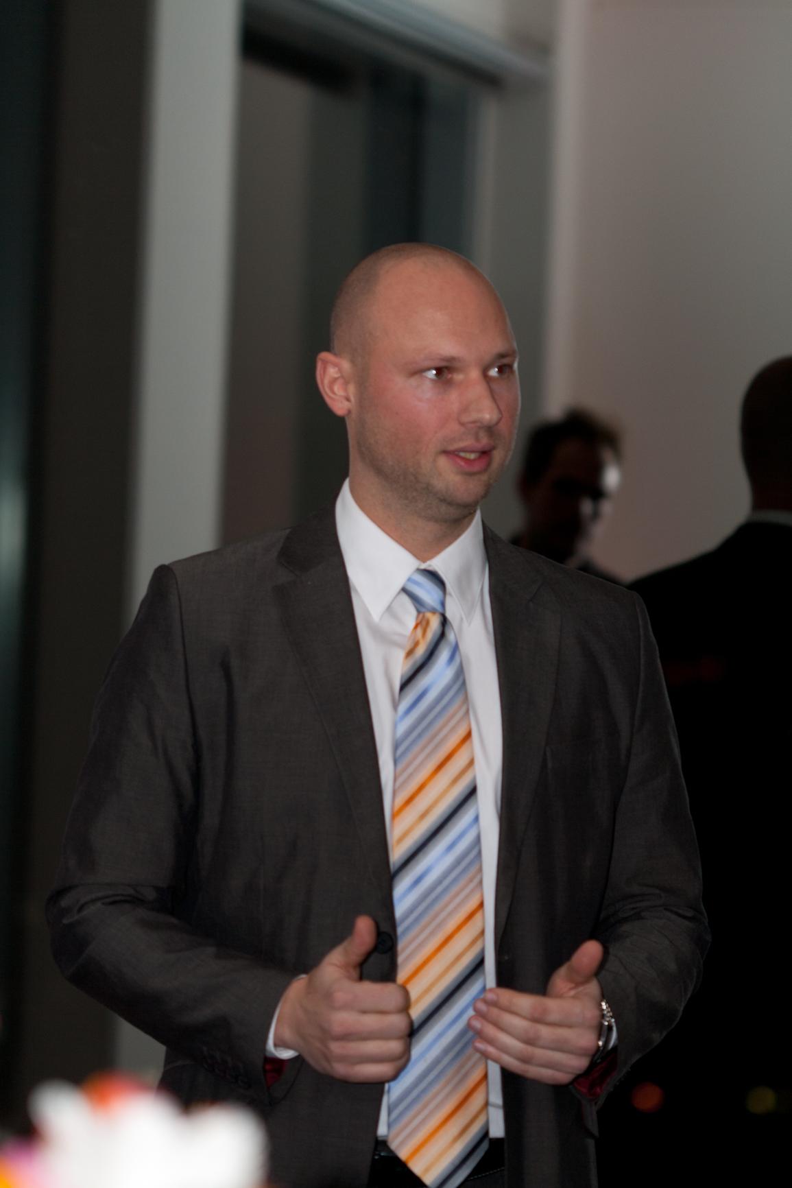 18.4.13: Online Marketing Manager (IHK) Ausbildung im Ruhrgebiet: Kostenloser Infoabend