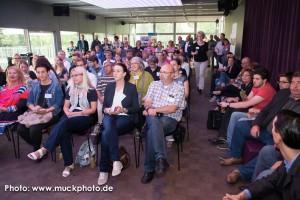 120 BarSession Gäste lauschten, schrieben und lernten bei Gerhard Schröders Vortrag