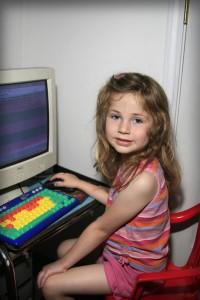 Für Kinder ist die digitale Welt selbstverständlich - können Eltern und Großeltern mithalten?