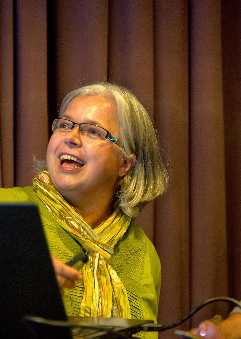Interview mit Dortmunder Unternehmen: Karen Falkenberg und Computer-Zauber