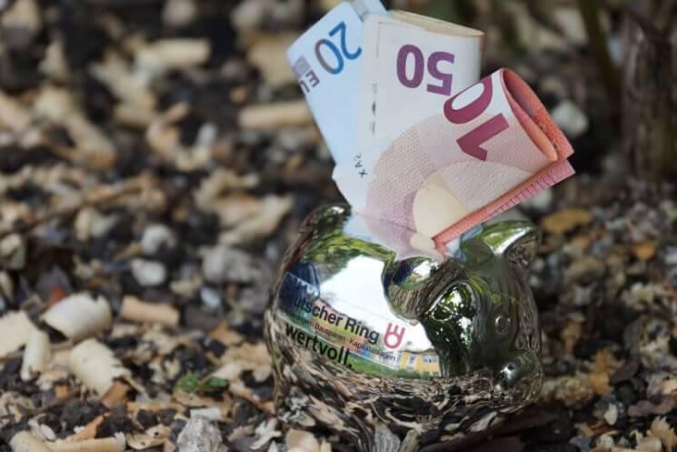 Astrid Witalinski Signal Iduna: Hilfe ich will kein Geld verschenken