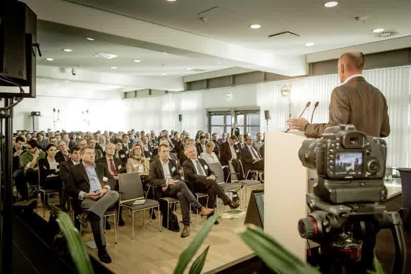 """Gründer-Forum NRW am 5.11.15: Wie wir vom """"Land der Erfinder"""" zum """"Land der Gründer"""" werden!"""