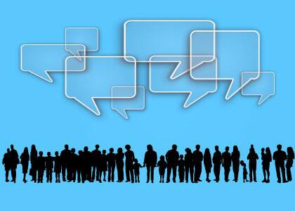 Zahl der aktiven Nutzer und Postings von Facebook geht zurück