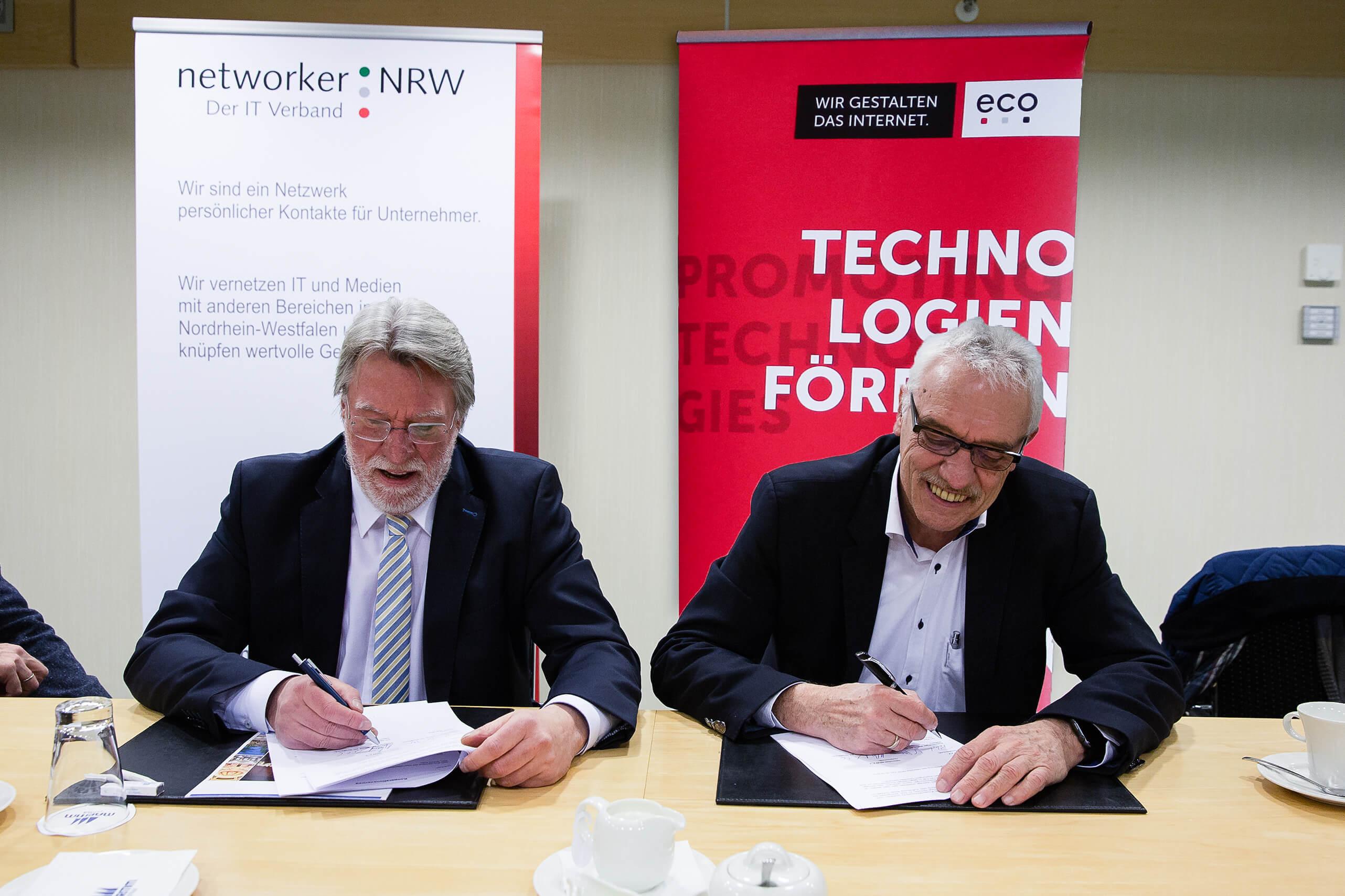 eco-nnrw - Vertragszeichnung