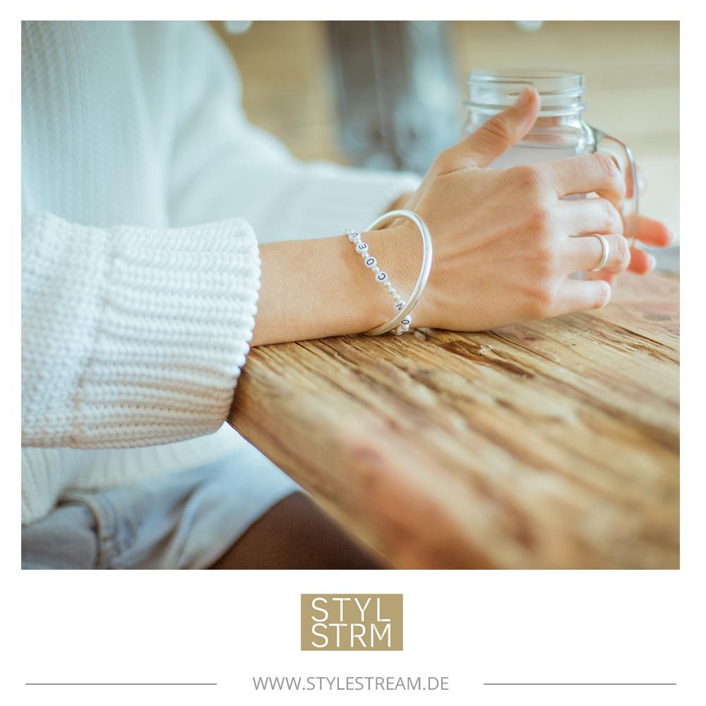 Bis 16. März: STYLSTRM verlost zusammen mit Mon Coeur ein Perlenarmband – sich Freuen und Gutes tun!