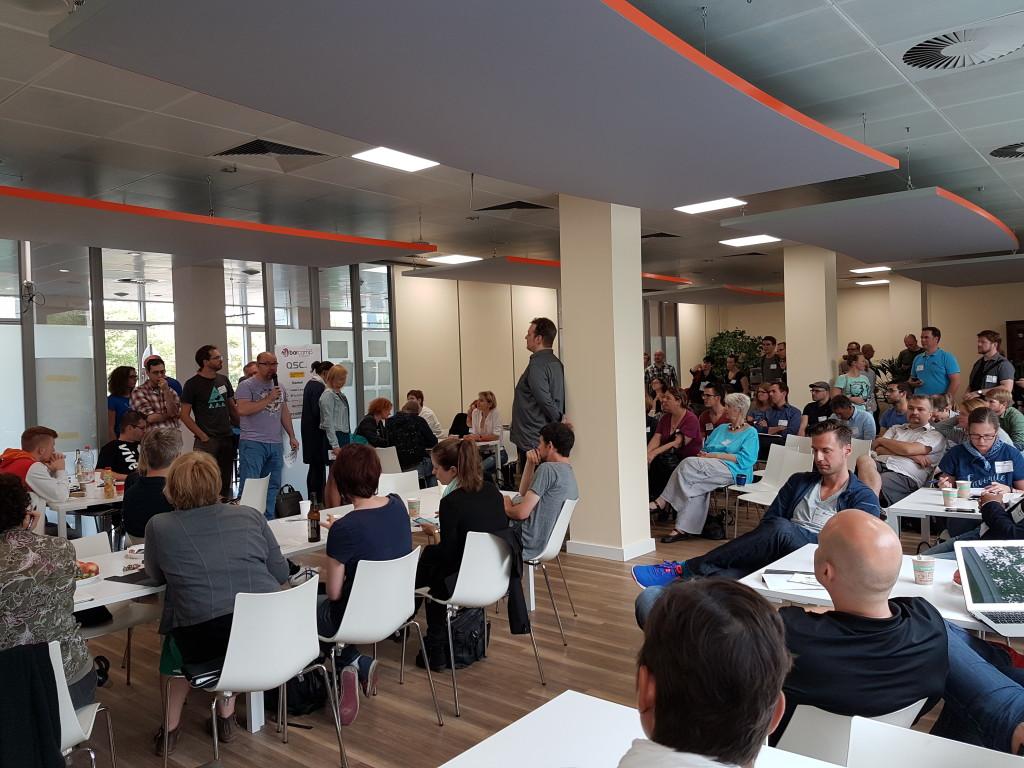 """Etwa jeder zehnte BarCamp-Teilnehmer bot auch eine Session an - davon lebt die """"Unkonferenz"""""""