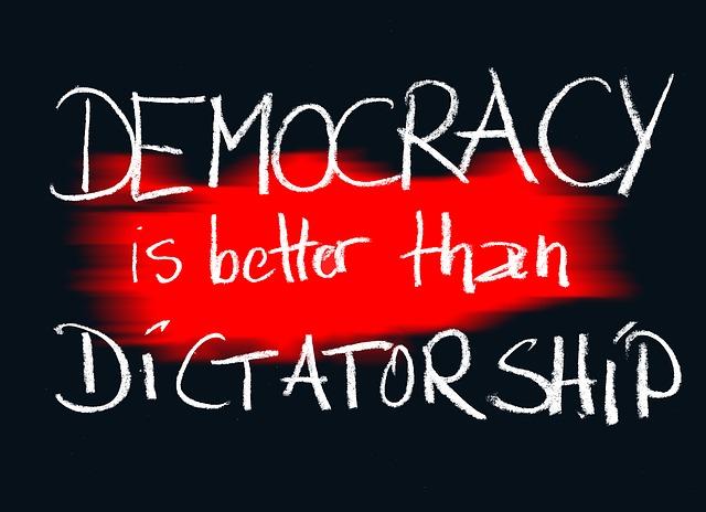 demokratie-1536632_640