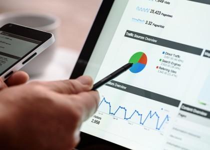 Kauft Google bei eigenen Produkten selbst die besten Werbeplätze bei Google?