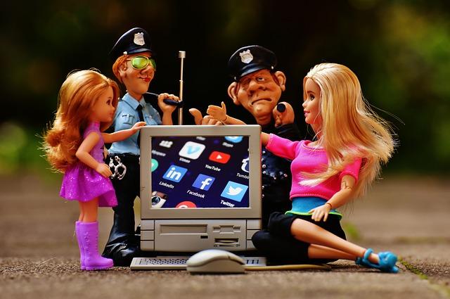 Social Media: Werbekanal, Kunden-Support oder Beziehungs- und Öffentlichkeitsarbeit?