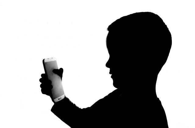 """Wie kann ich Smarthone-Nutzung meines Kindes überwachen? Die Google App """"Familiy Link"""""""