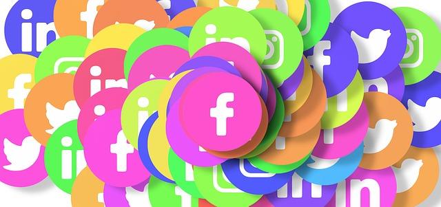Für welche Branchen welche Social Media Plattformen? Infografik von Spredfast als pdf