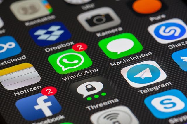 Wie kann ich jemanden bei WhatsApp blockieren?