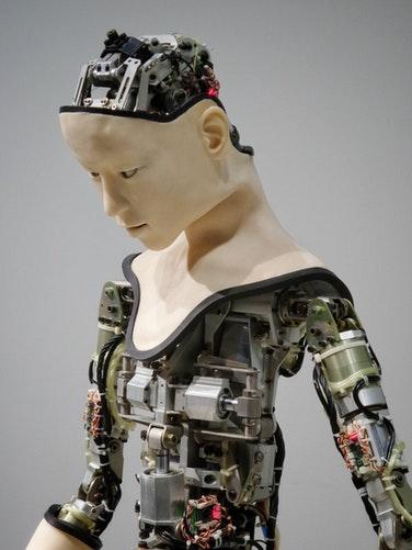 Zeitalter der Hightech: Wie sehr werden Maschinen die Zukunft von Menschen beeinflussen?