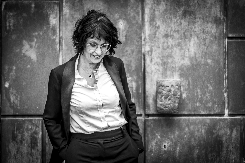 """Podcast Nr. 10 """"Eva's Geständnisse"""": Zwischen Stamm und Borke"""
