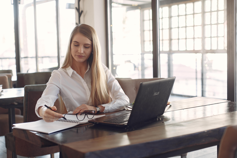 Wie Onlinekurse helfen, die Karriere voranzubringen