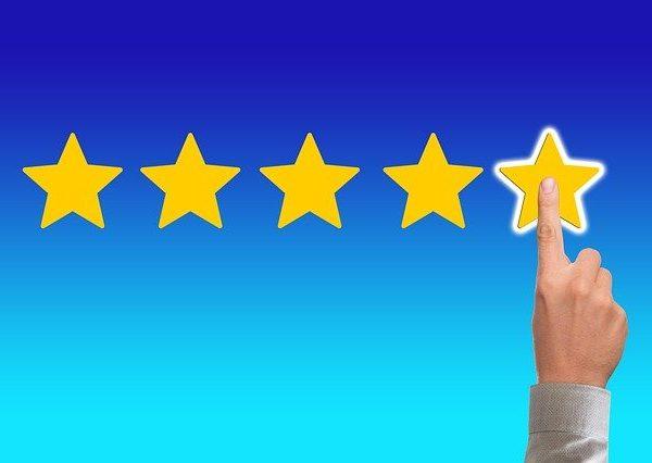 Amazon Bewertungen schreiben: Datenleck enthüllt wie es geht